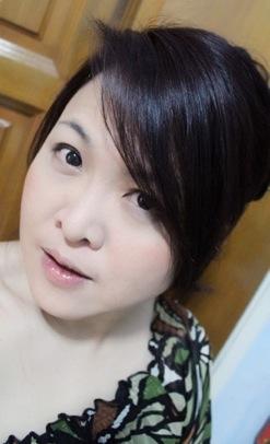 勤意咖啡馆 – VivianTok.com